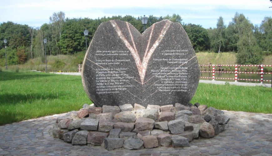 Pomnik hrabiego Plelo