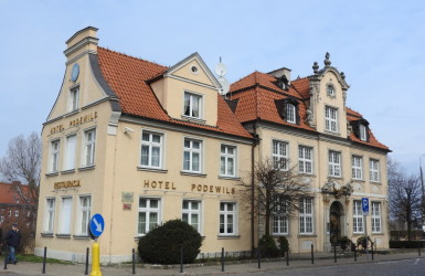 Dom pod Murzynkiem, obecnie hotel Podewils