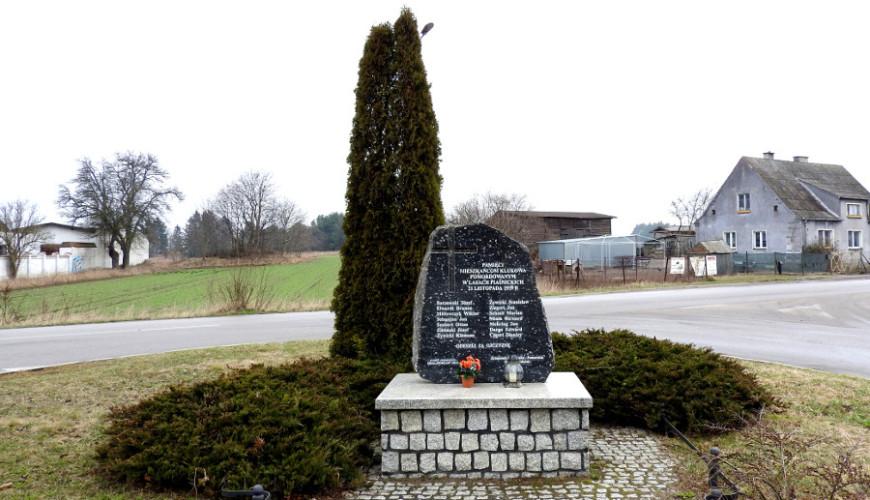 Pomnik Pamięci Mieszkańców Klukowa pomordowanych w Lasach Piaśnickich