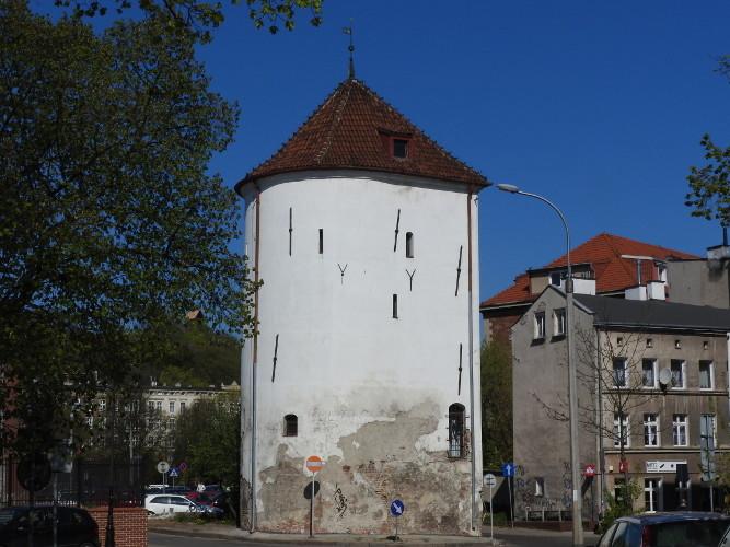Baszta Biała to relikt średniowiecznej Bramy Nowej