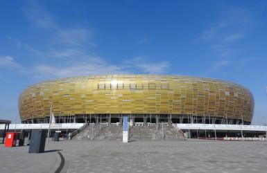 Pierwszy mecz rozegrano w sierpniu 2011 roku. Na murawę wybiegli wtedy piłkarze Lechii i Cracovi