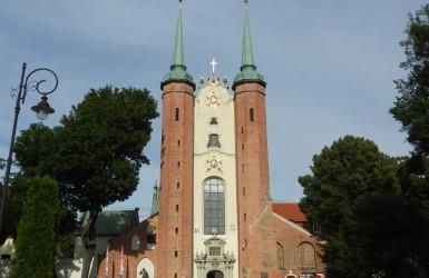 Katedra Oliwska - przez wiele stuleci cysterska świątynia klasztorna
