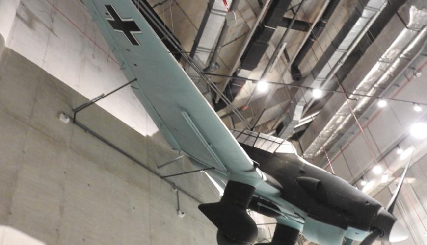Pikujący Ju-87, symbol niemieckiego Blitzkriegu