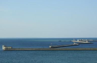 Zatoka Pucka z dawnym portem wojennym - widok z muzealnej wieży