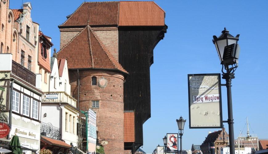 Żuraw - największy dźwig portowy średniowiecznej Europy.