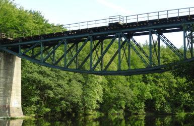Most kolejowy w Rutkach