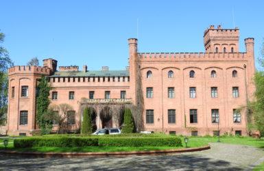 Pałac w Rzucewie - obecnie hotel Zamek Jan III Sobieski.
