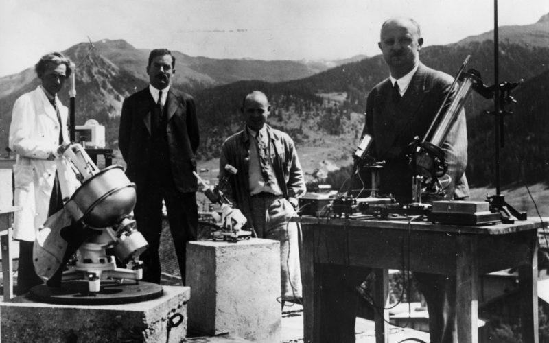 Wilhelm Gustloff w pracy w Instytucie Fizyczno-Meteorologicznym Davos. Źródło: Bundesarchiv.