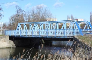 Most nad Opływem Motławy.