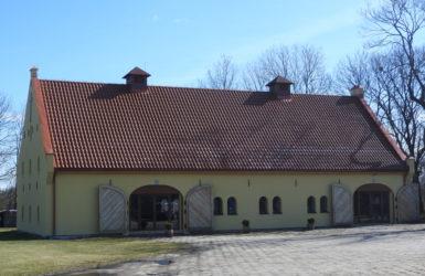 Centrum Chrześcijańskie Nowe Życie działa na terenie Dworu Olszyńskiego.