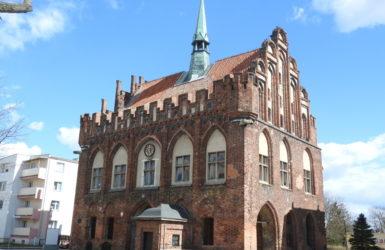 Dawny ratusz w Malborku - perła gotyckiej architektury.