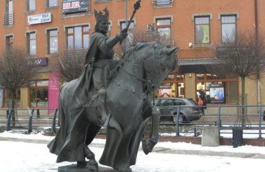 Pomnik króla Kazimierza Jagiellończyka.