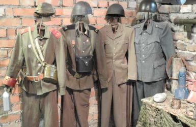 Na trasie zwiedzania wielka wystawa dotycząca II wojny światowej.